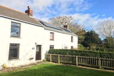 2 Bedrooms House for rent in Greenbottom, Truro