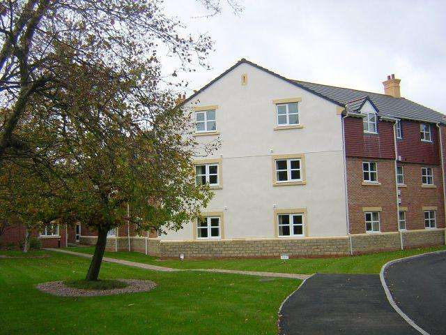 2 Bedrooms Apartment Flat for sale in Clifton Gate, Lytham, FY8