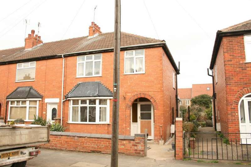 3 Bedrooms Semi Detached House for rent in Huntingtower Road, Grantham, NG31