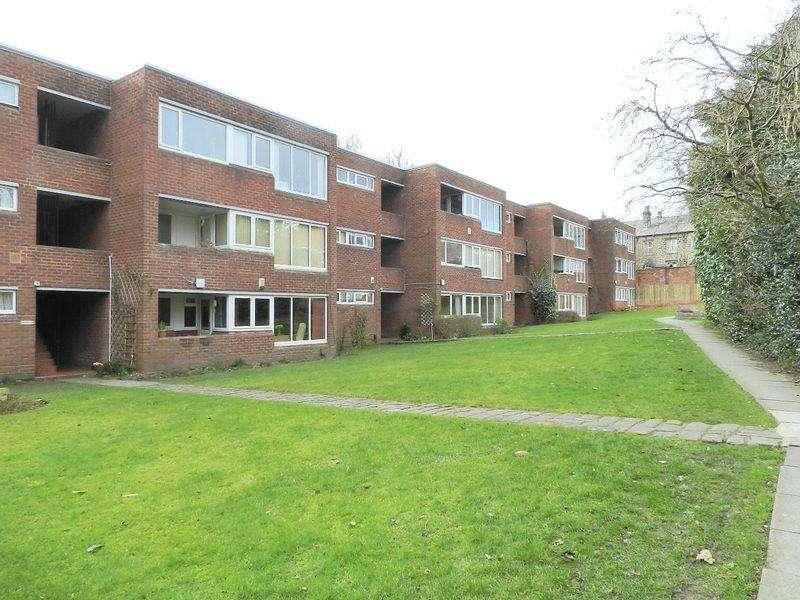 1 Bedroom Flat for sale in Shaw Lane, Leeds