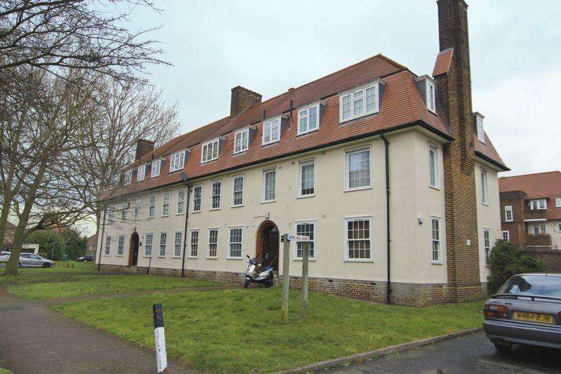 2 Bedrooms Apartment Flat for sale in Greenbay Road, Charlton