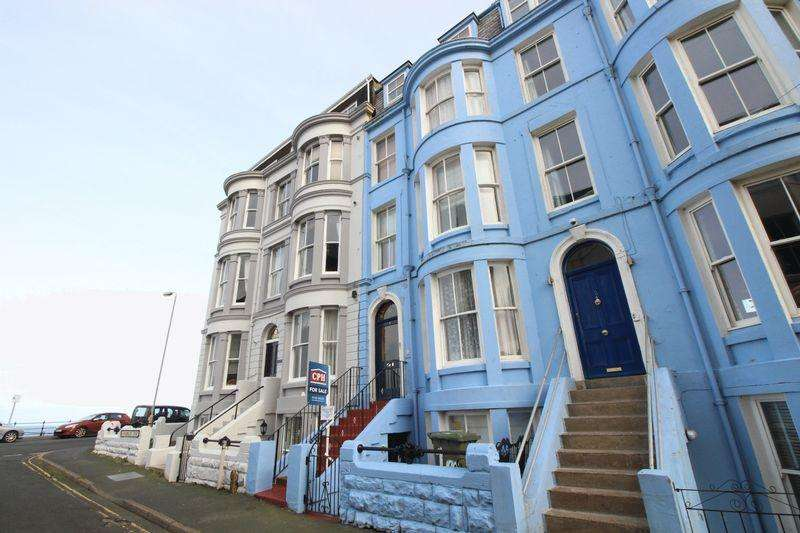 6 Bedrooms Terraced House for sale in Marlborough Street, Scarborough