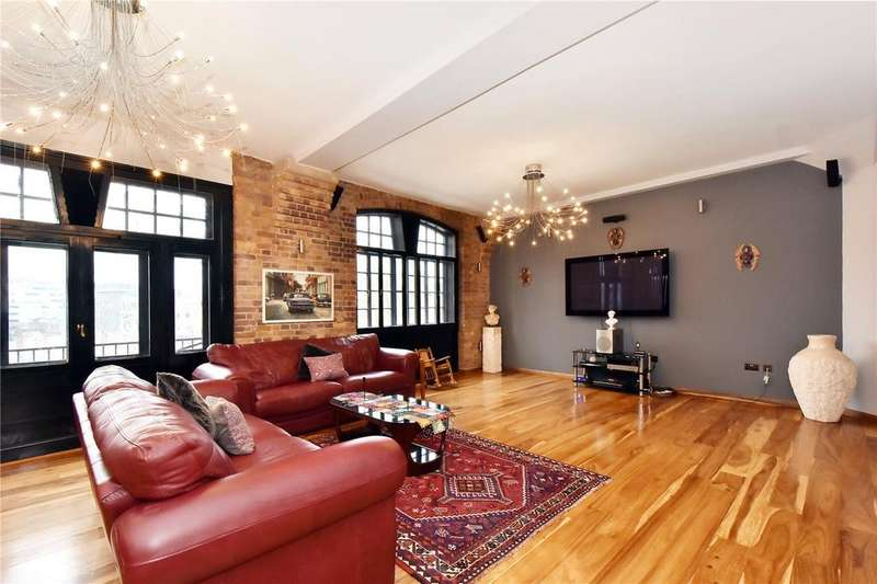 4 Bedrooms Flat for sale in Telfords Yard, London, E1W