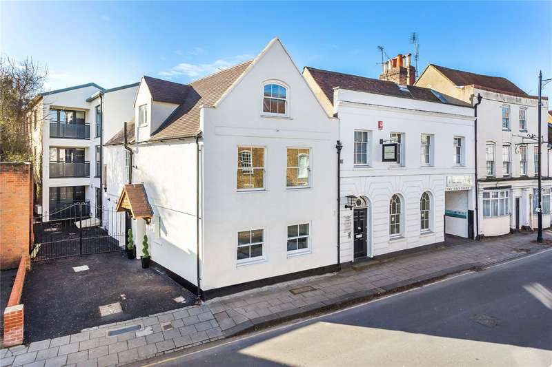 2 Bedrooms Apartment Flat for sale in Neilson Rise, 32 London Street, Chertsey, Surrey, KT16