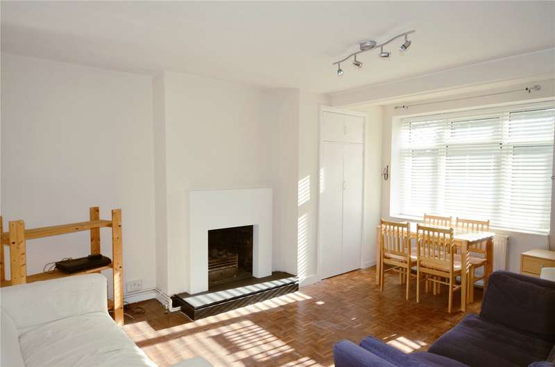 3 Bedrooms Apartment Flat for rent in Denesmead, Herne Hill, London, SE24