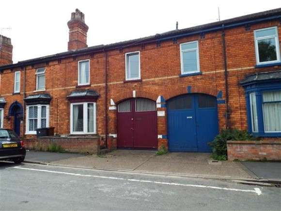 5 Bedrooms Terraced House for rent in Boultham Avenue, Lincoln