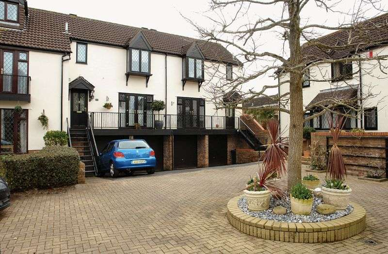 3 Bedrooms Property for sale in The Hamlet, Nailsea