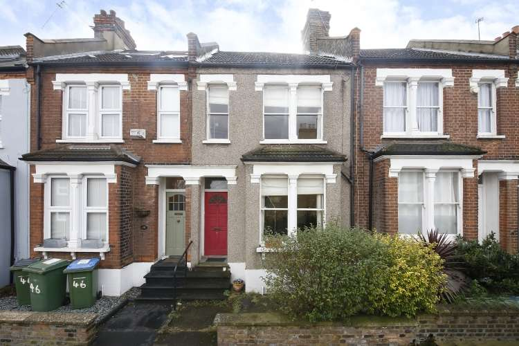 2 Bedrooms Terraced House for sale in Troughton Road London SE7