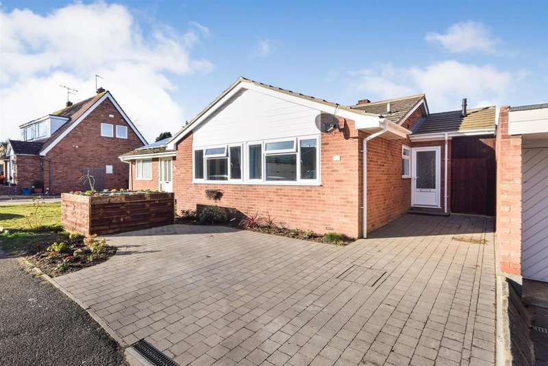3 Bedrooms Bungalow for sale in Sceptre Close, Tollesbury, Maldon