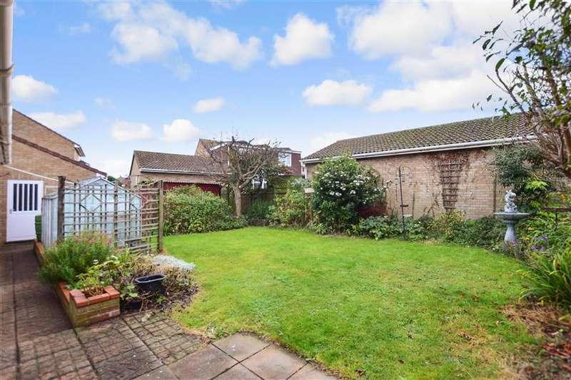 2 Bedrooms Detached Bungalow for sale in Teynham Close, Cliftonville, Margate, Kent