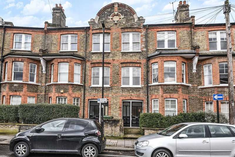 3 Bedrooms Flat for sale in Aristotle Road, Clapham