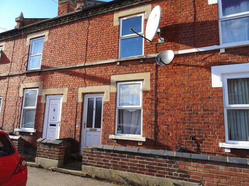 3 Bedrooms Terraced House for sale in South Parade, Spalding