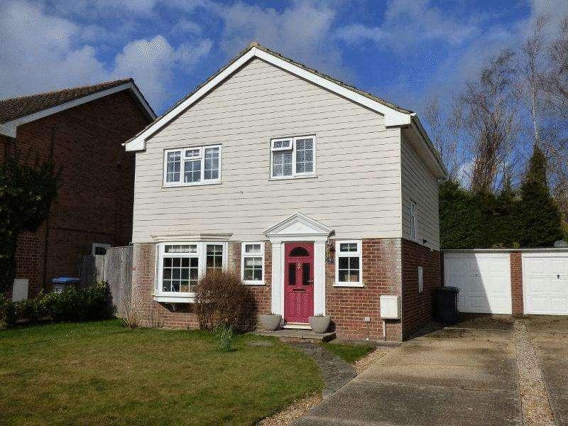 3 Bedrooms Detached House for sale in Bylanes Crescent, Cuckfield