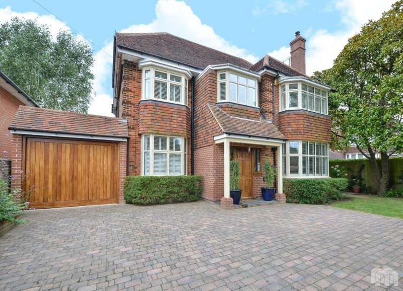 5 Bedrooms Detached House for rent in Shirley Drive Hove East Sussex BN3