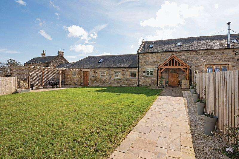 4 Bedrooms Barn Conversion Character Property for sale in The Dairy, South High Moor Farm, Felton
