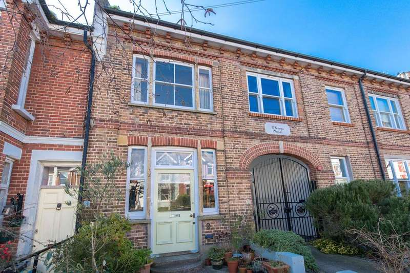 3 Bedrooms Terraced House for sale in Havelock Road, Brighton