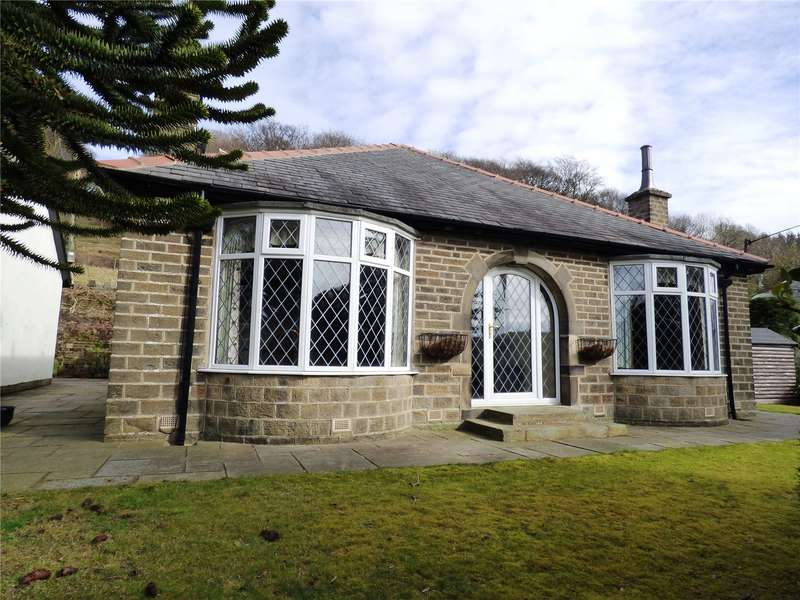 3 Bedrooms Detached Bungalow for sale in Coldhill Lane, New Mill, Holmfirth, West Yorkshire, HD9
