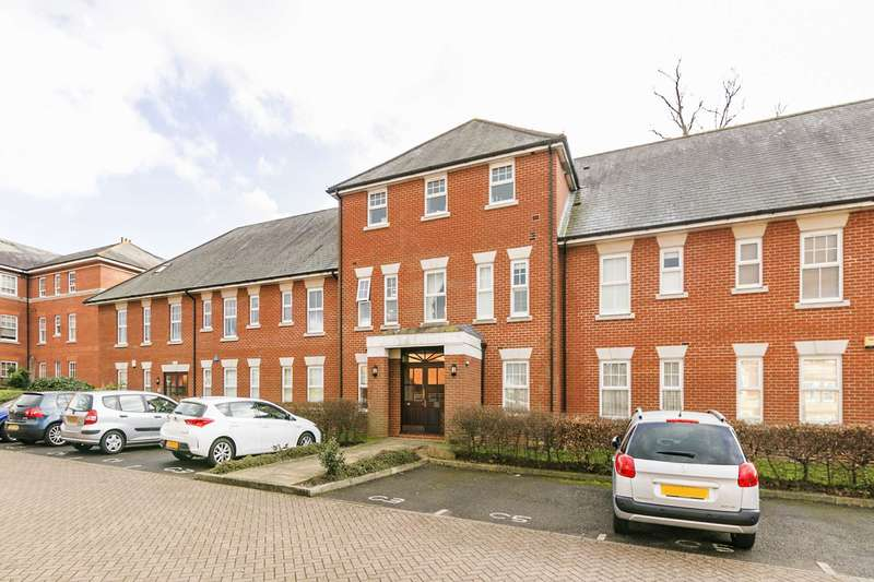 2 Bedrooms Apartment Flat for rent in Chichester House, Epsom