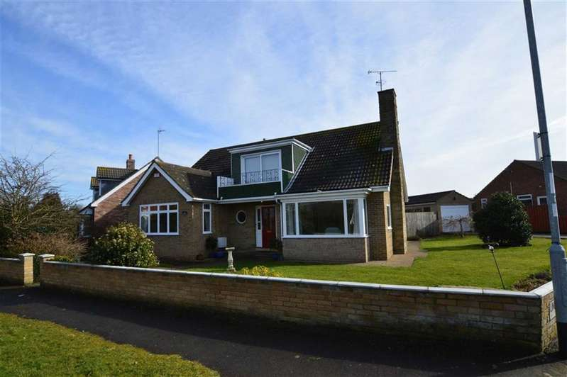 3 Bedrooms Detached Bungalow for sale in Hull Road, Hornsea, East Yorkshire