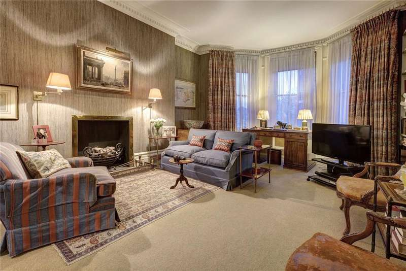 3 Bedrooms Flat for sale in Cedar House, Marloes Road, London, W8