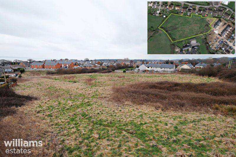 3 Bedrooms Land Commercial for sale in Land at Rhewl Fawr Road, Pen-Y-Ffordd