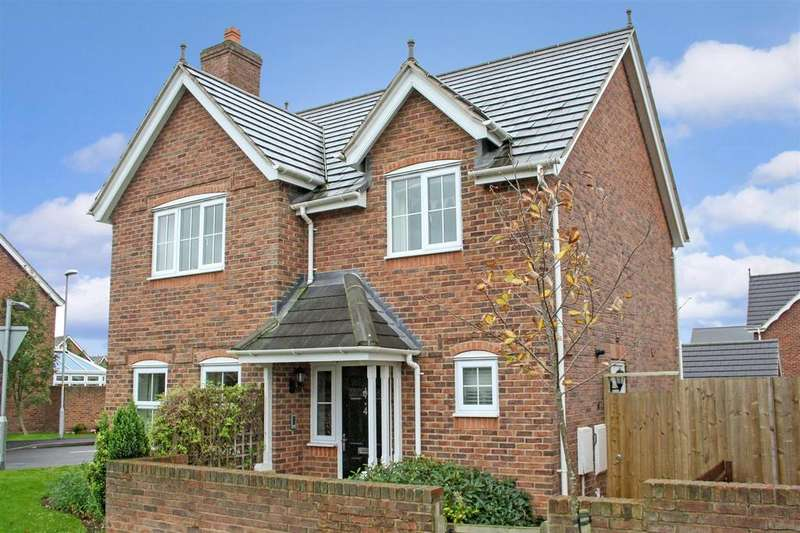 4 Bedrooms Detached House for sale in Parc Llwyfen, Llanymynech