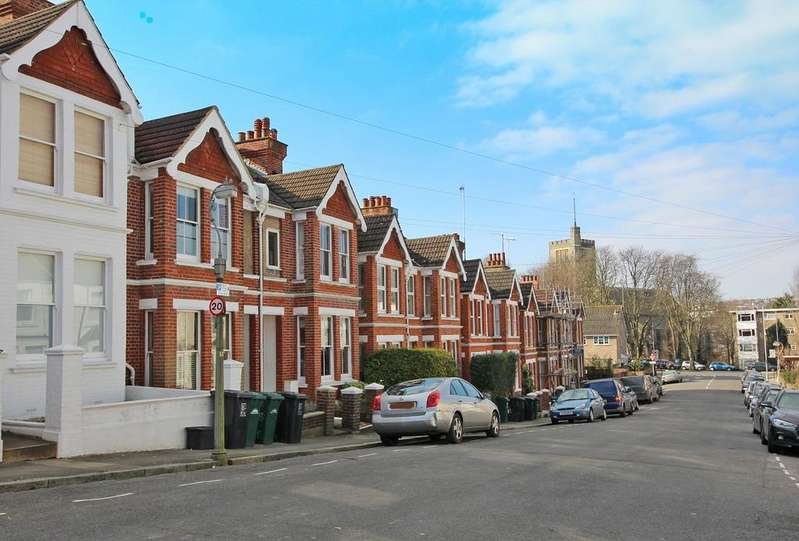 4 Bedrooms Terraced House for sale in herbert road, brighton BN1