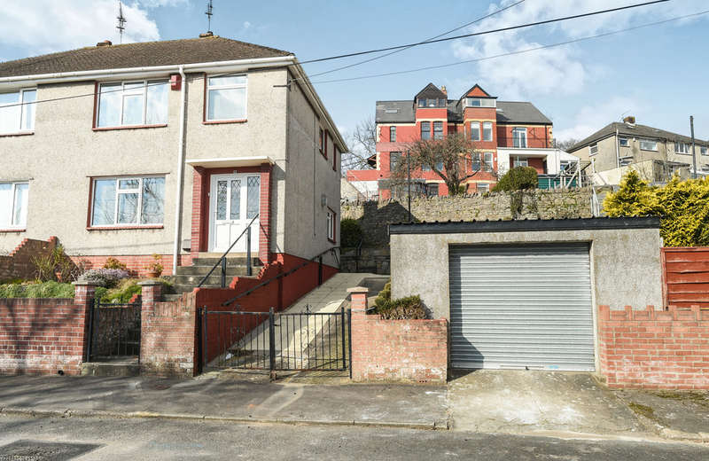 3 Bedrooms Semi Detached House for sale in Old Mill Road, Barry
