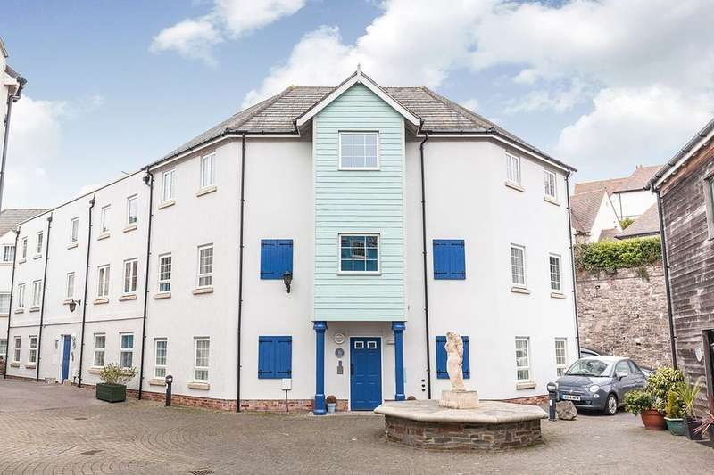2 Bedrooms Flat for sale in Eastcliff, Portishead, Bristol, BS20