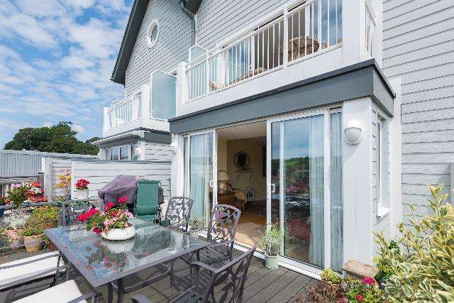 4 Bedrooms House for sale in 33 Bradfords Quay, Wadebridge