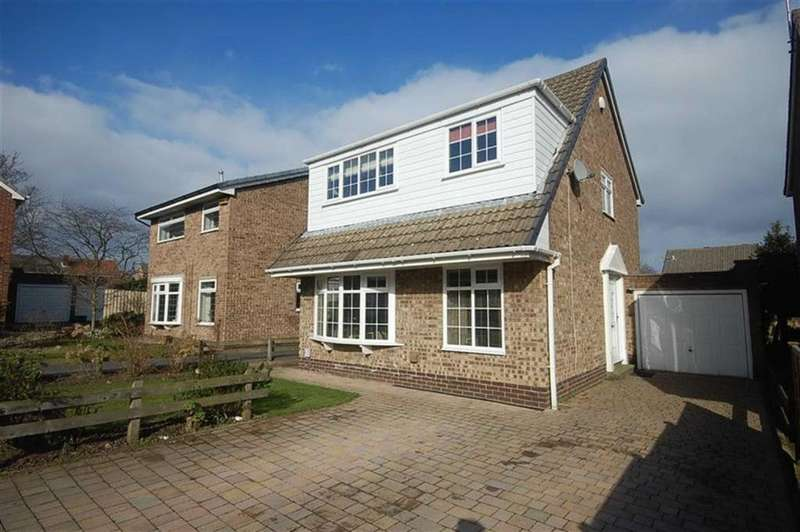 3 Bedrooms Detached House for sale in Fernhurst Way, Mirfield, West Yorkshire, WF14