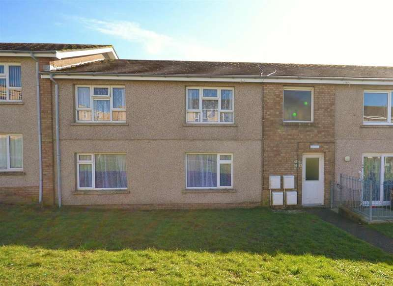 2 Bedrooms Apartment Flat for sale in Cherry Tree Close, Milford Haven