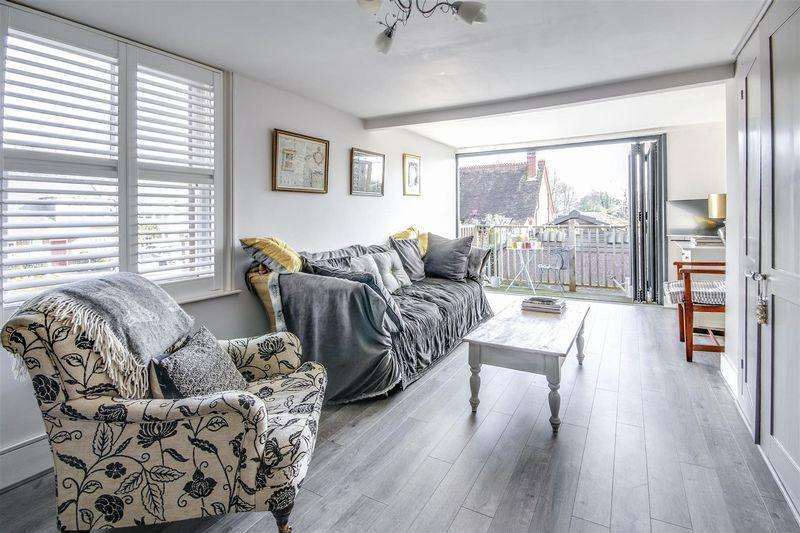 4 Bedrooms Terraced House for sale in High Street, Hurstpierpoint, Hassocks