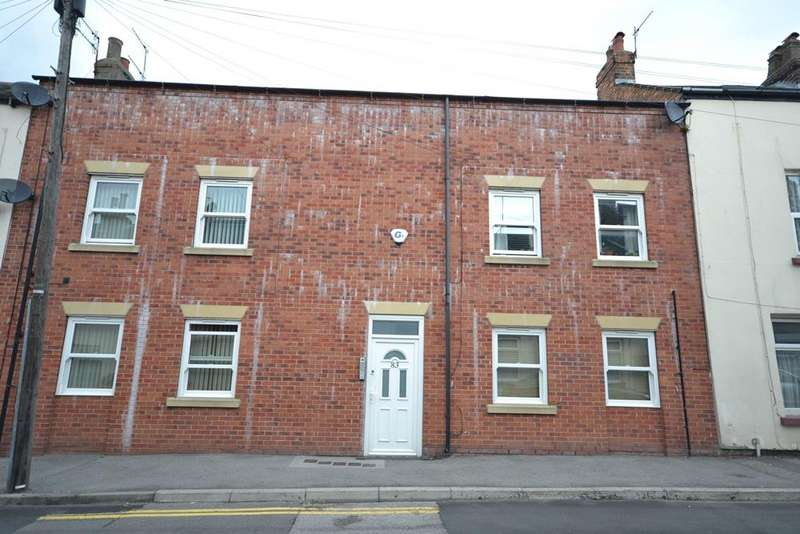 1 Bedroom Flat for sale in Westwood Apartments, Nelson Street, Scarborough YO12