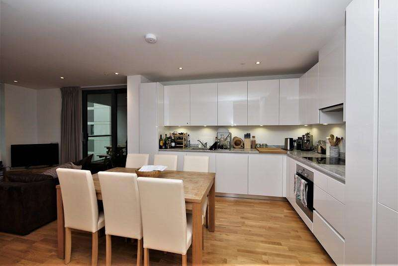 3 Bedrooms Flat for rent in Sable House , Honour Lea Avenue, London, Greater London. E20