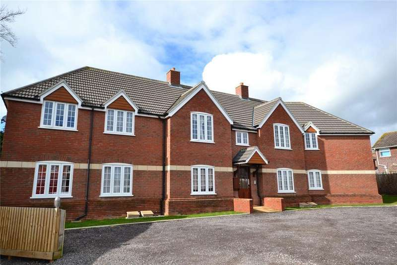 2 Bedrooms Flat for rent in The Old Water Tower, Ashford Grove, Yeovil, Somerset