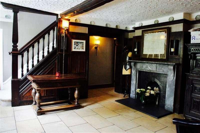 5 Bedrooms Detached House for rent in Davey Lane, Alderley Edge, Cheshire
