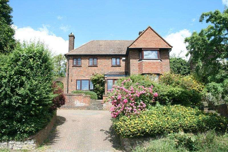 4 Bedrooms Detached House for sale in Selsdon Road, South Croydon, Surrey