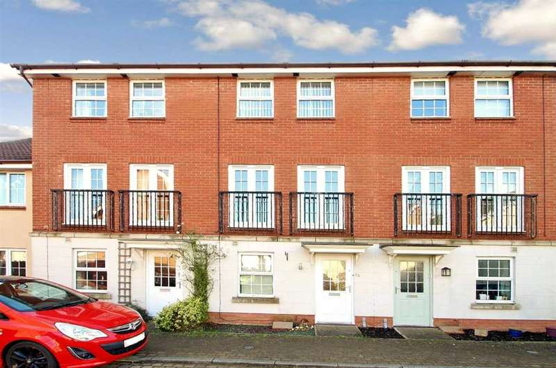 4 Bedrooms Town House for rent in Spindler Close, Ipswich