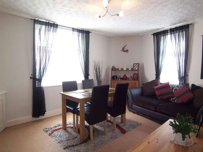 3 Bedrooms End Of Terrace House for sale in Watkinson Street, Heanor