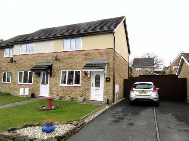 2 Bedrooms Semi Detached House for sale in Maes Y Capel, Pembrey, Burry Port, Carmarthenshire