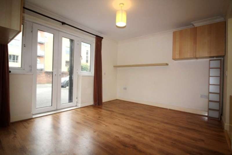 1 Bedroom Apartment Flat for sale in Norwood Road, Reading
