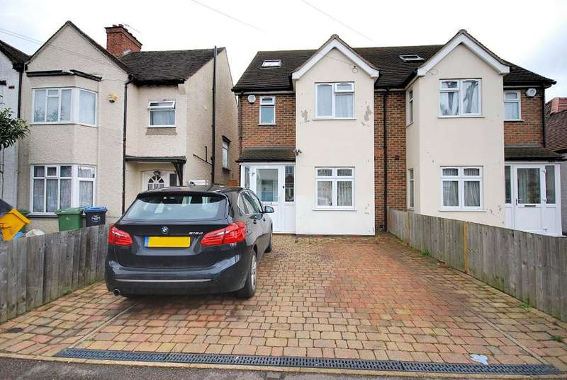 4 Bedrooms Semi Detached House for rent in NORTON ROAD, WEMBLEY, MIDDLESEX, HA0 4RF