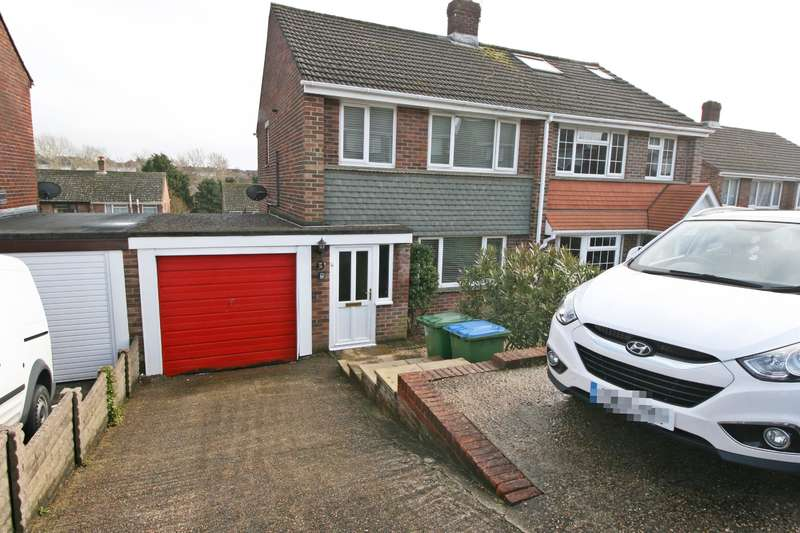 3 Bedrooms Semi Detached House for sale in Effingham Gardens, Sholing, Southampton, SO19 9GG