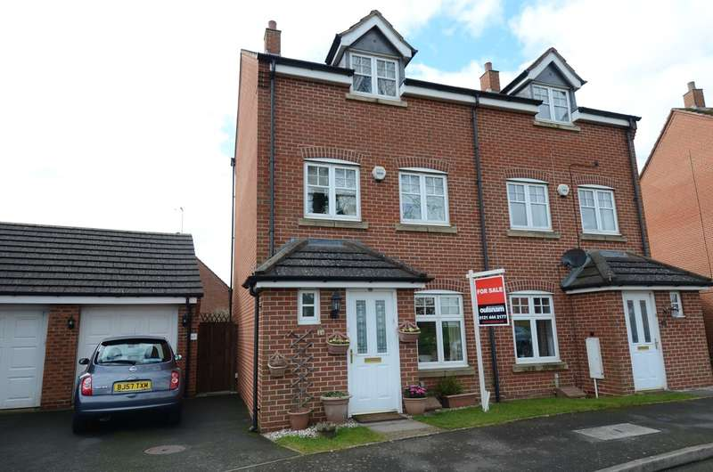 4 Bedrooms Town House for sale in Haselwell Drive, Kings Norton, Birmingham, B30