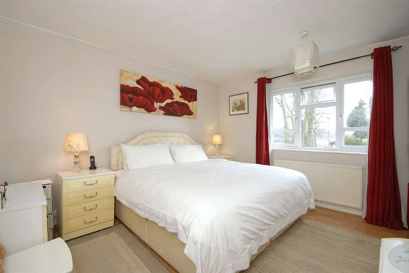2 Bedrooms Property for sale in Selby Road, Anerley SE20