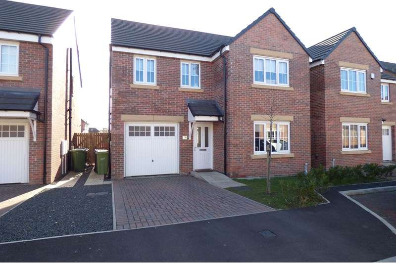 4 Bedrooms Property for sale in Cresta View, Houghton le Spring, Houghton Le Spring, Tyne and Wear, DH5 8BY