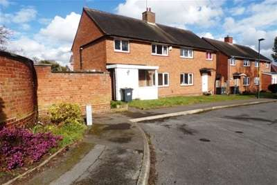 3 Bedrooms Semi Detached House for rent in Durlston Grove,Birmingham, B28 8QJ