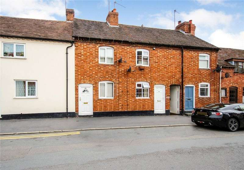 2 Bedrooms Terraced House for rent in Newlands, Pershore, Worcestershire, WR10