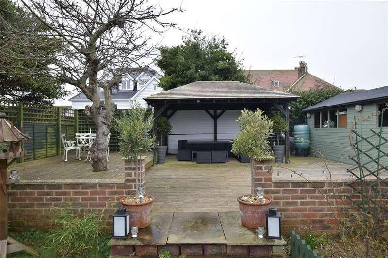 3 Bedrooms Bungalow for sale in Amberley Road, Rustington, West Sussex